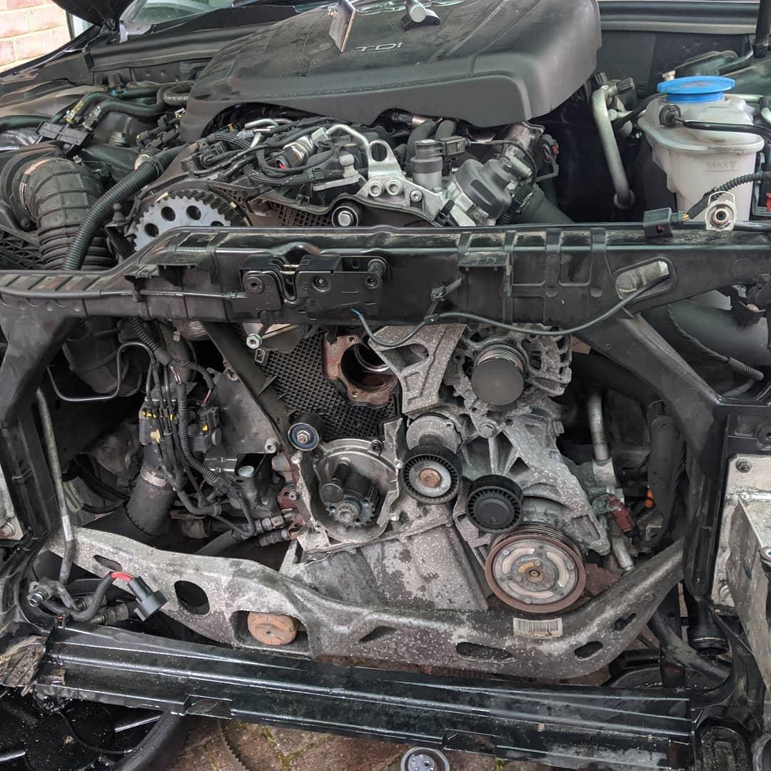 Cam belt & water pump on a Audi A4